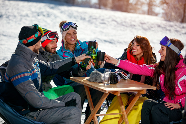 8 Best Apres Ski Activities in Alaska