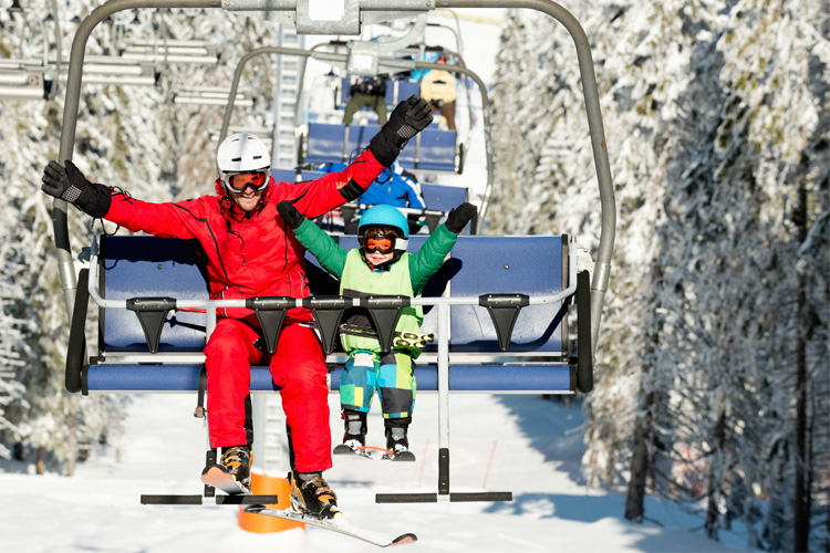 9 Best Ski Destinations for Families in Alaska