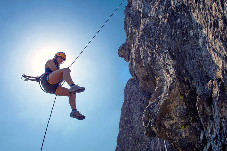 5 Cool Rock Climbing Spots in Alabama