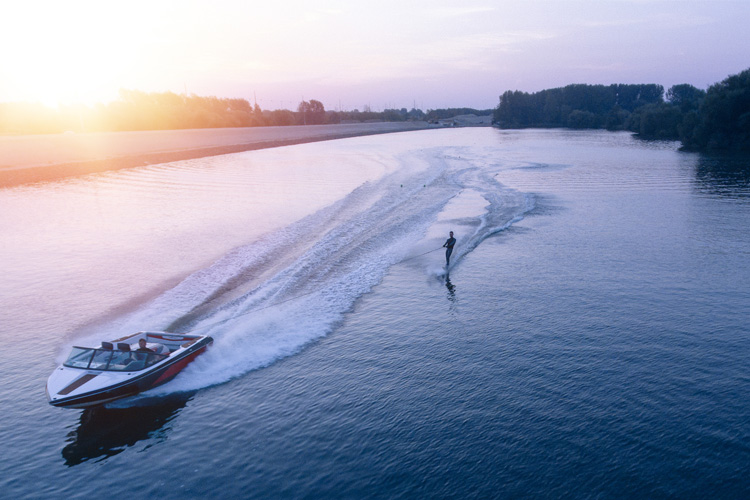9 Best Watersport Retailers in Alabama