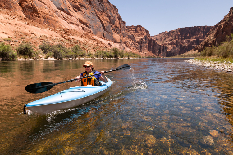 5 Excellent Places for Beginners to Kayak in Arizona