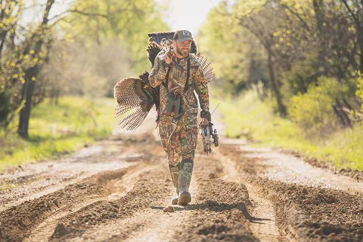 10 Amazing Instagram Accounts Every Bowhunter Needs to Follow