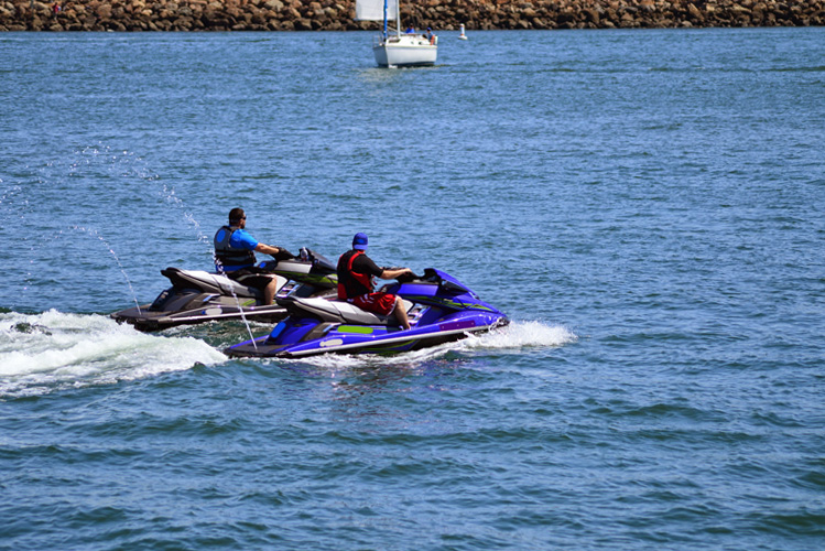 5 Exhilarating Jet Skiing Spots in California