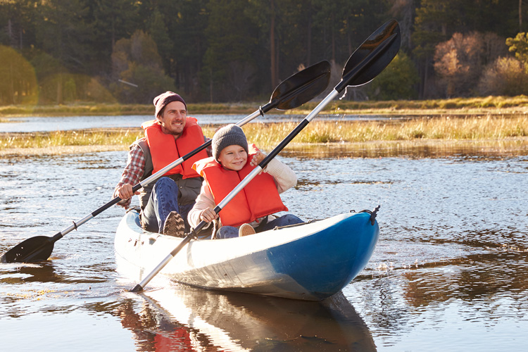 5 Excellent Places for Beginners to Kayak in California