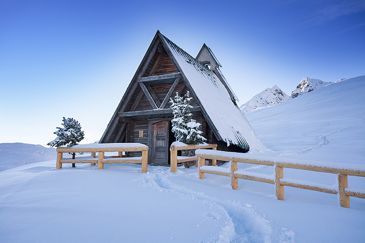 10 Best Winter Cabin Camping Spots in Colorado