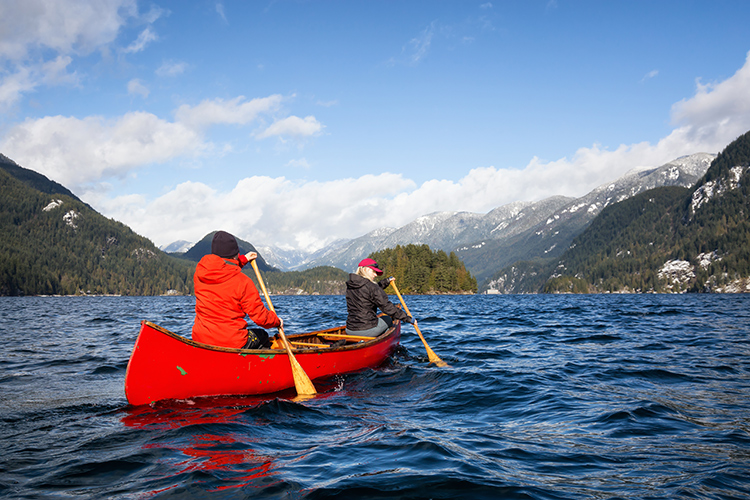 Essential Gear for Cold-Weather Canoeing