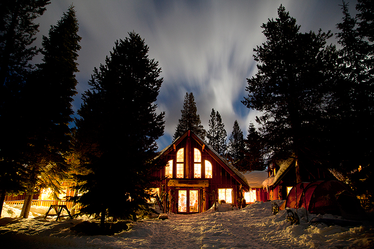 10 Cozy Cabin Destinations to Visit This Winter