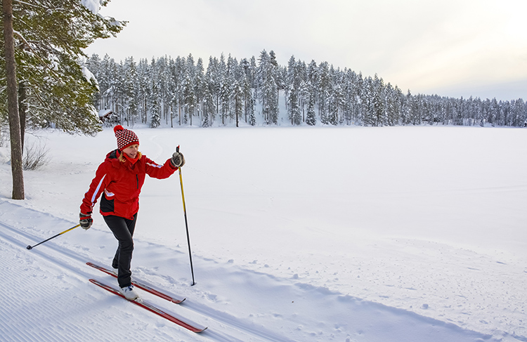 5 Reasons You Should Try Cross-Country Skiing