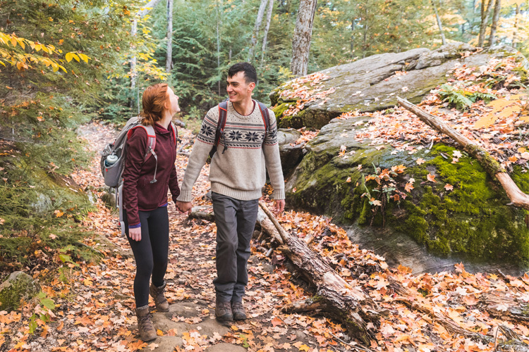5 Stunning Foliage Hikes in Connecticut