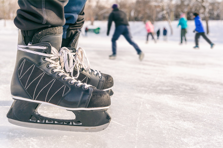 10 Best Ice Skating Rinks in Connecticut