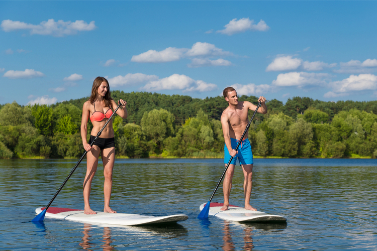 5 Great Paddleboarding Spots in Connecticut