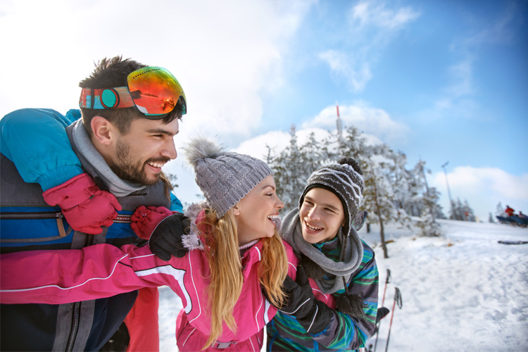 5 Best Ski Destinations for Families Near Delaware