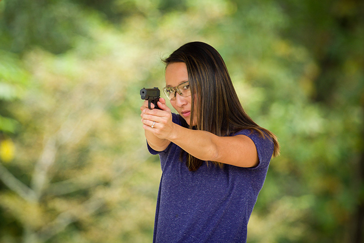 Handgun Basics—4 Easy Steps to Shoot Like A Pro