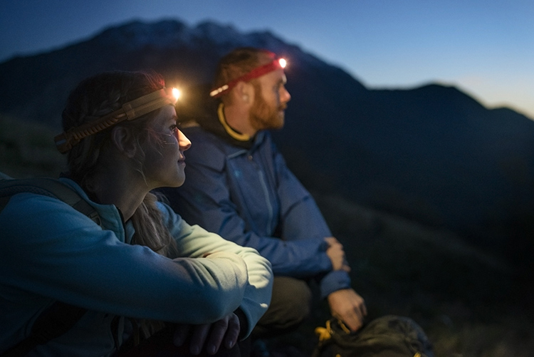 5 Handy Headlamps for Hiking Those Shorter Fall Days