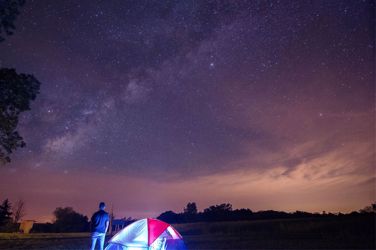5 Gorgeous Beach Campsites in Iowa