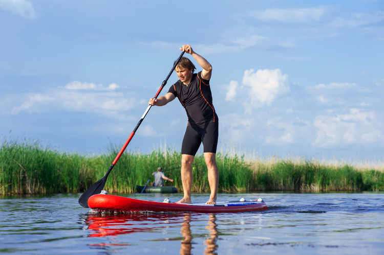 5 Great Paddleboarding Spots in Iowa