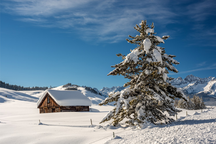 7 Best Winter Camping Spots in Idaho