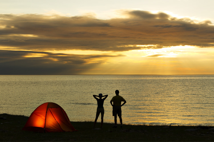 5 Gorgeous Beach Campsites in Illinois