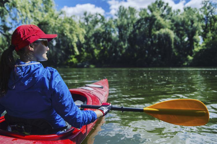 5 Excellent Places for Beginners to Kayak in Illinois