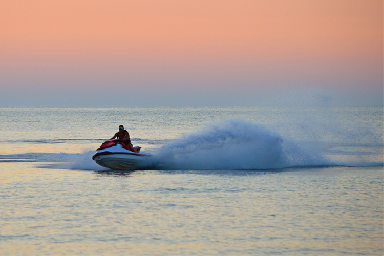 5 Exhilarating Jet Skiing Spots in Louisiana