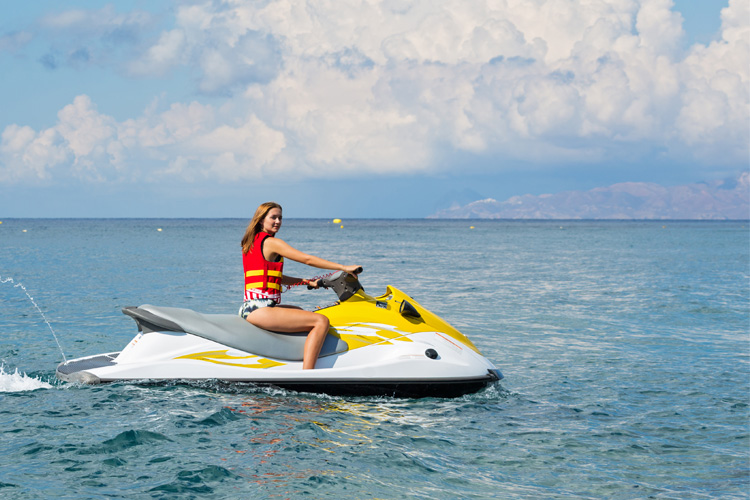 5 Exhilarating Jet Skiing Spots in Maryland
