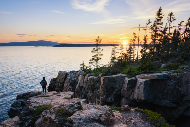 10 Best Outdoor Fall Activities in Maine