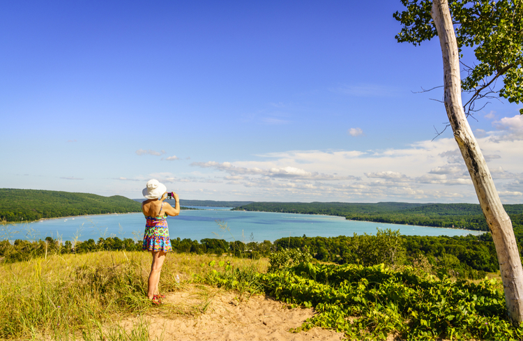 5 Beautiful Scenic Hikes in Michigan