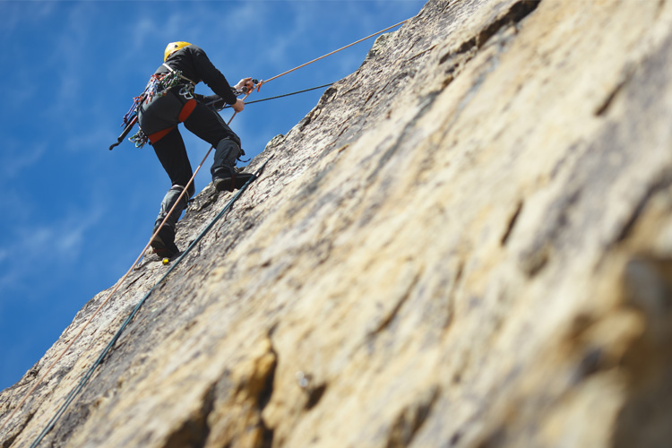 5 Cool Rock Climbing Spots in Minnesota