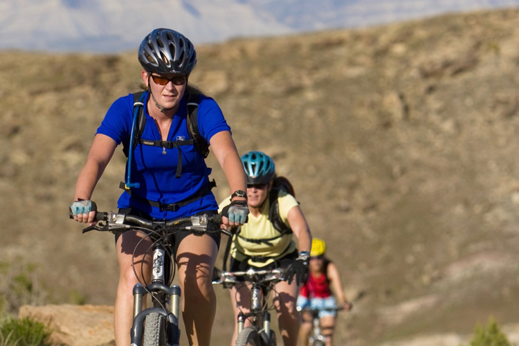 4 Easy Ways To Enjoy Mountain Biking On Your Vacation
