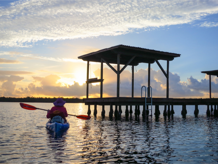5 Excellent Places for Beginners to Kayak in North Carolina