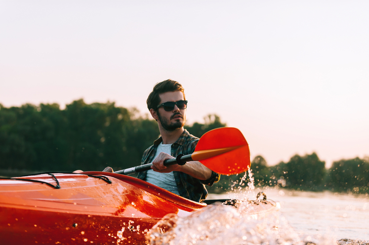 5 Excellent Places for Beginners to Kayak in Nevada