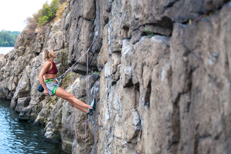 5 Cool Rock Climbing Spots in New York