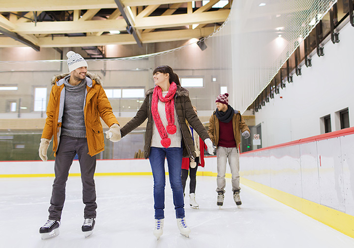 8 Best Ice Skating Rinks in Oklahoma