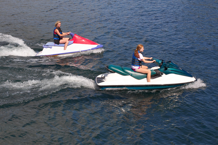5 Exhilarating Jet Skiing Spots in Oregon