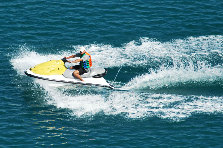 5 Exhilarating Jet Skiing Spots in Pennsylvania
