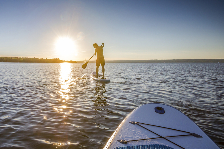 5 Great Paddleboarding Spots in Rhode Island