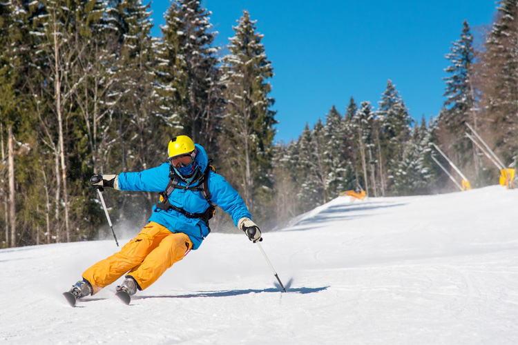 7 Best Ski Destinations for Families in South Dakota