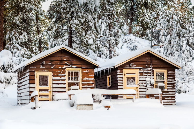 Best Winter Weekend Getaway in Custer State Park