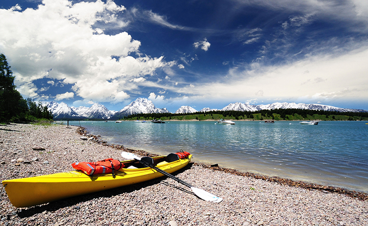 Hidden Gems: 7 Awe-Inspiring Paddling Destinations in America