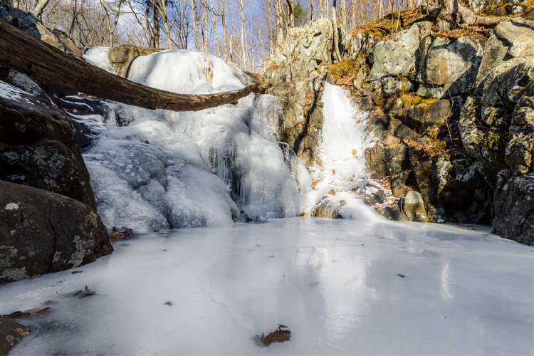 Best Weekend Winter Getaway in Shenandoah National Park