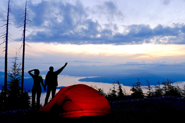 5 Perfect Fall Camping Spots in Washington State