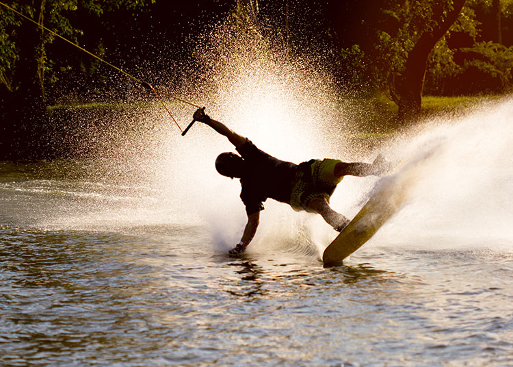 WATCH: Don't drink and wakeboard!