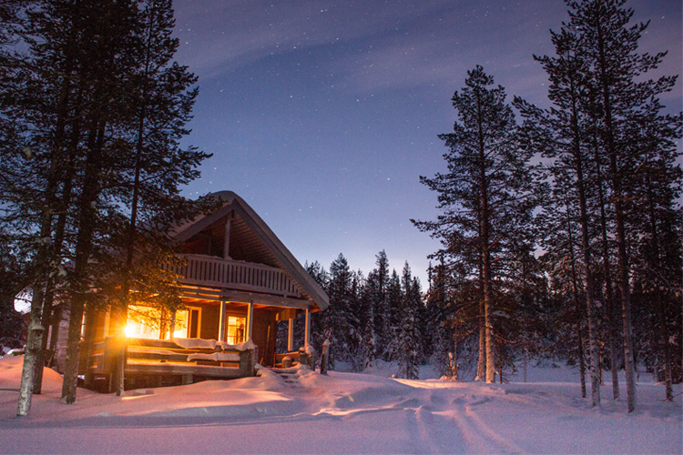 10 Best Winter Cabin Camping Spots in Wisconsin